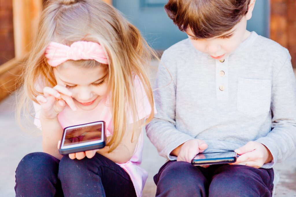 Read more about the article Top 10 Best Free Parental Control Software of 2020